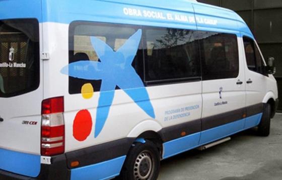 rotulacion de furgoneta La Caixa